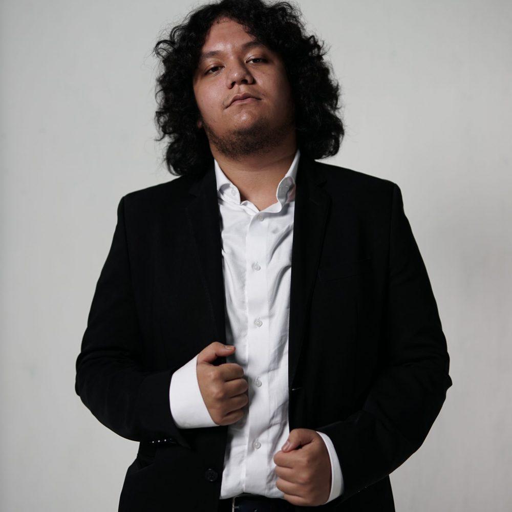 George Andreas Hasiholan_Depan