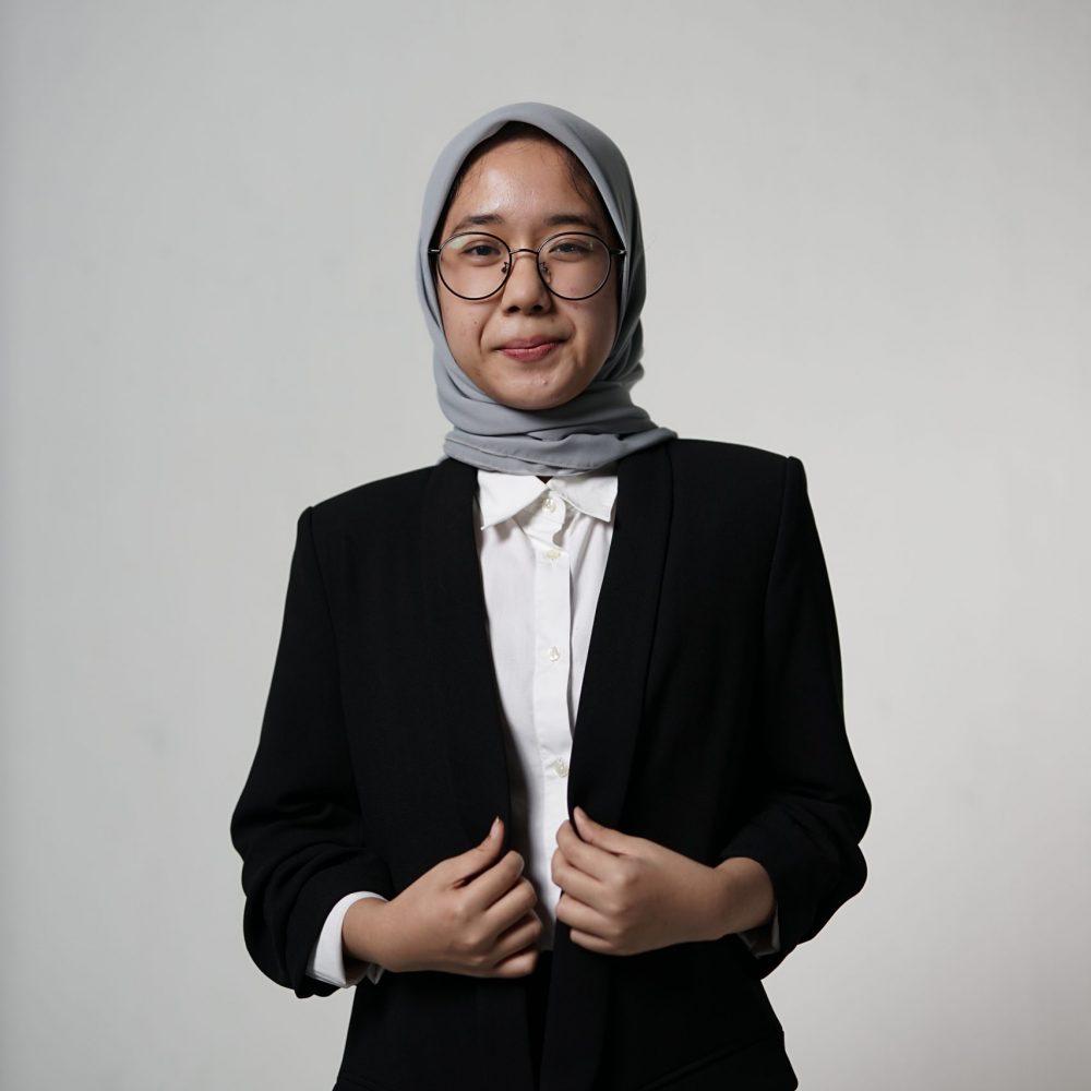 Indira Nurul Anjani_Depan